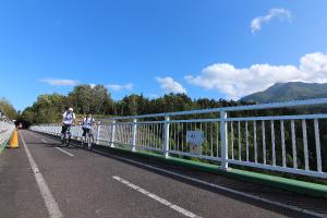 利尻島 サイクリストが絶賛の『彩くる・ロード』を颯爽に!