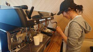 """利尻島で本格 Coffee Shop 誕生間近! ポルトガル語で""""港""""の意味を持つ店名【ポルトコーヒー】が7月4日OPEN予定"""